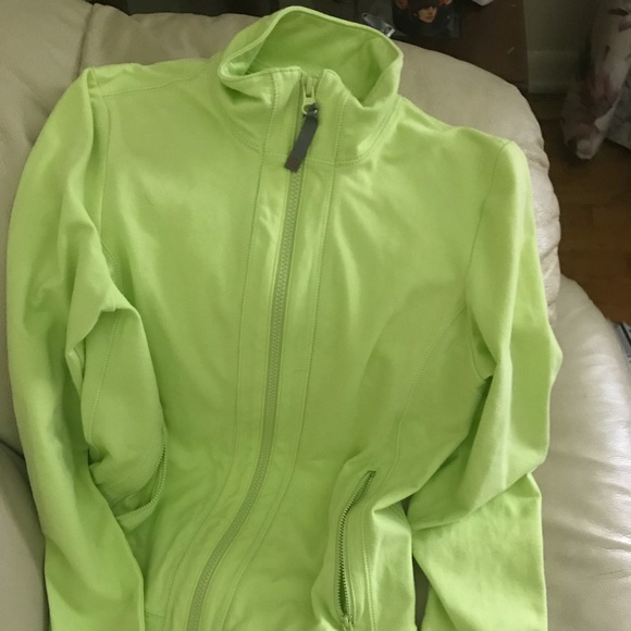 Talbots Jackets & Blazers - Talbots zip up with pockets in lime XS like new